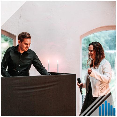 Hochzeits DJ und Sängerin